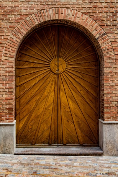 art, fine art, photography, architecture, old world,  contemporary, valdepenas, door, oak, colorful, bold, photography