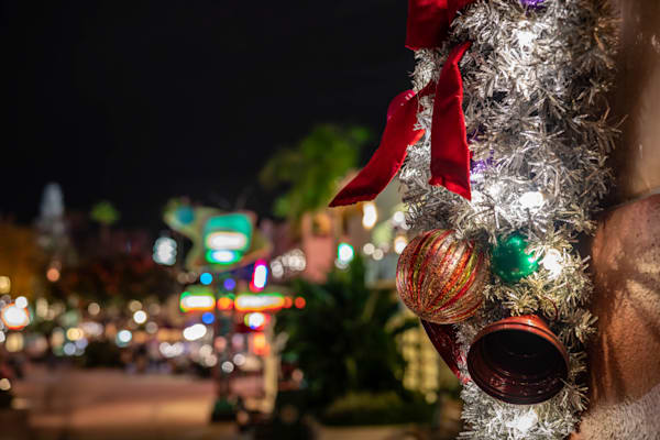 Christmas Decor At Hollywood Studios Photography Art | William Drew Photography