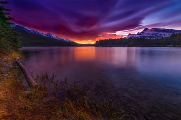 Chinook sunrise in Banff National Park. Canadian Rockies|Rocky Mountains|