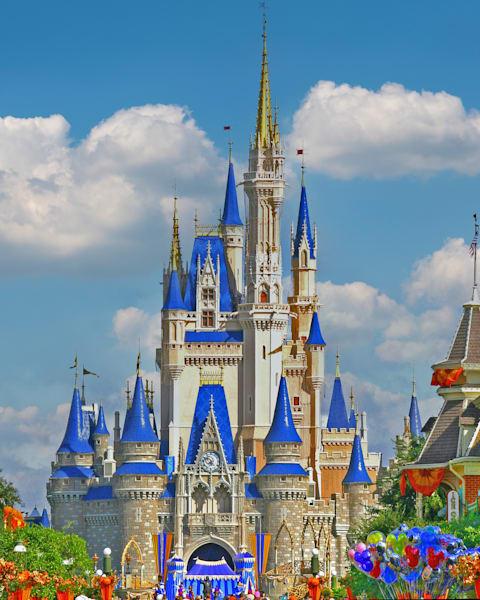Magical Disney Castle - Disney Art Gallery | William Drew