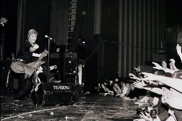 Simon Le Bon of Duran Duran at Hammersmith Odeon