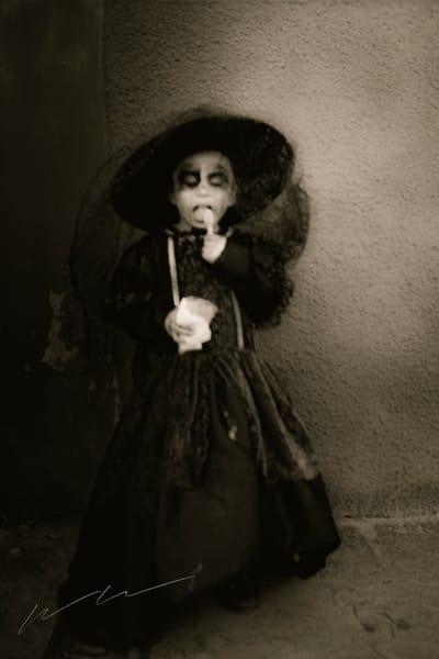 Fantasma Comiendo Helado Photography Art | Harry John Kerker Photo Artist
