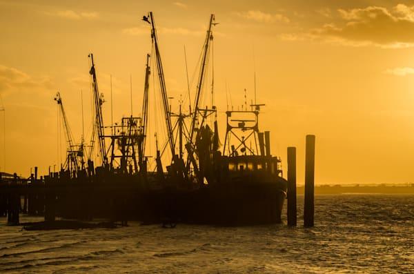 The Sun Sets On Shrimpboats Photography Art | kramkranphoto