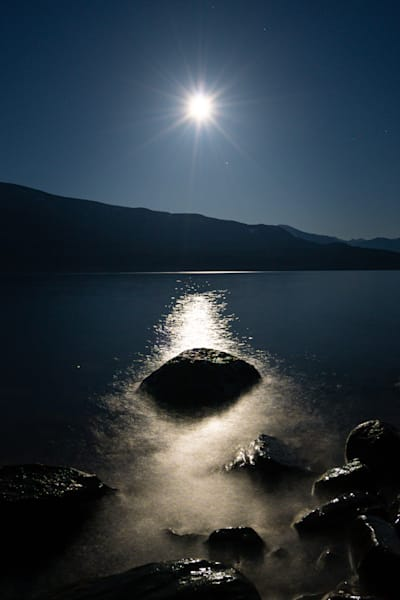 Tom Weager Photography - Pink Supermoon on Kootenay lake