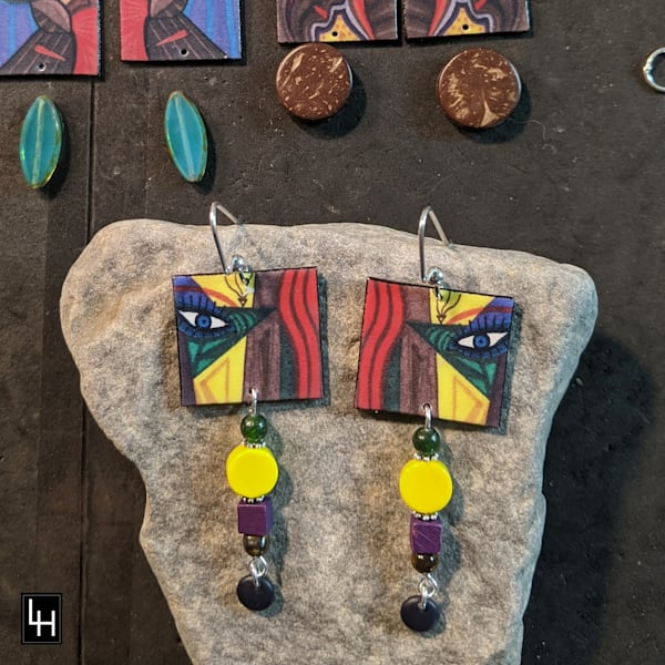Face One_No. 1 Earrings