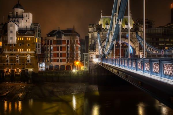 Tower Bridge Towards Shad Thames Art | Martin Geddes Photography