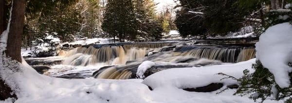 Panorama Bond Falls Winter Snow