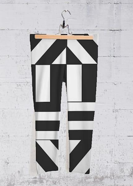 Hectic Harlequin Yoga Capri Pants | Lillith