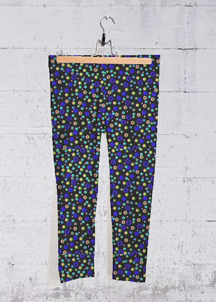 Spotted Darkness Yoga Capri Pants | Lillith