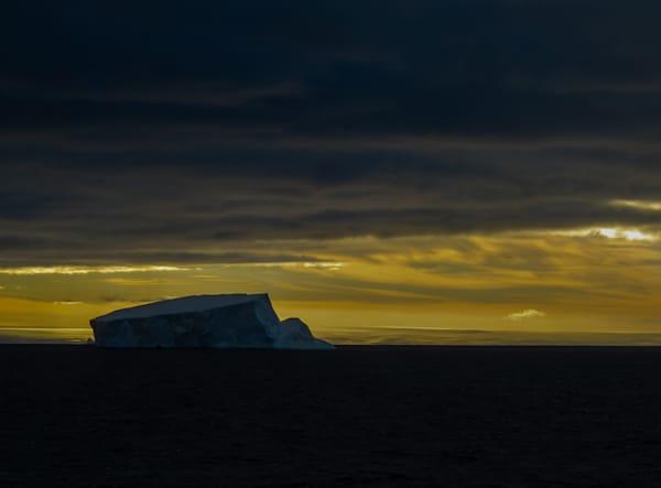 Antarctic Greeting