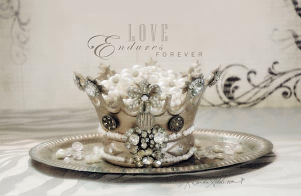 Love Crown Art
