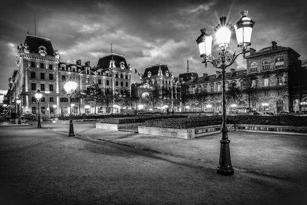 Harv Greenberg Photography - Parisian Lights