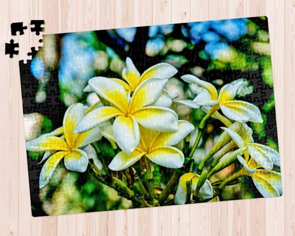 Frangipani Bouquet 300 pc. Puzzle
