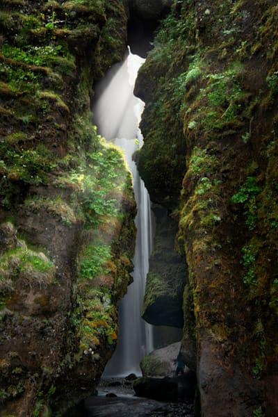 Gljufrafoss, The Grotto