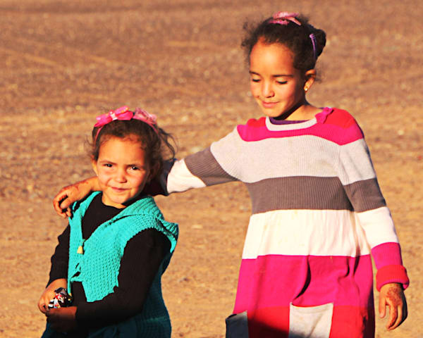 Moroccan Sisters Art | Art Impact® International Inc