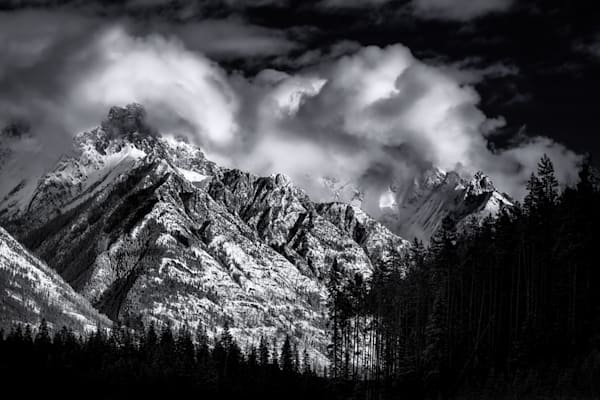 The Sawtooth Range in Banff National Park. Canadian Rockies | Rocky Mountains|