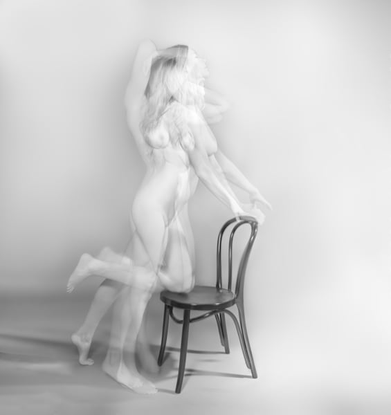 Black and White Nude No. 19