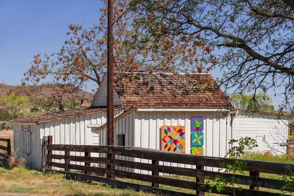 Buckland Station Barn With Pennsylvania Dutch Symbols Photography Art | Great Wildlife Photos, LLC