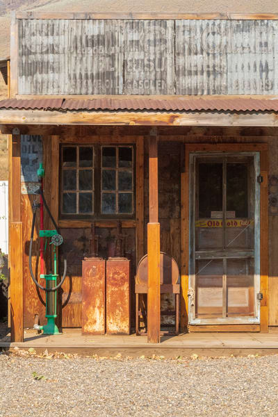 Country Store Lbs 4343 Photography Art | Great Wildlife Photos, LLC