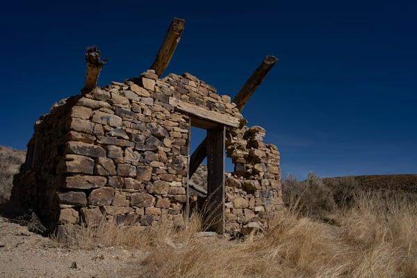Early settler's dwelling