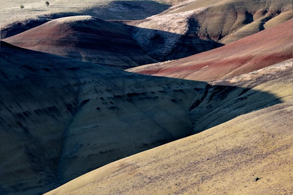 Painted Hills shadows and light