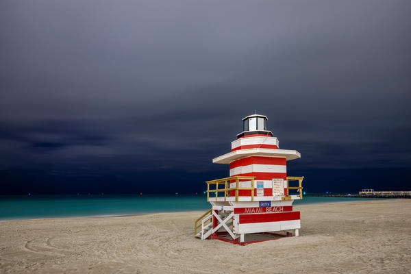 Life Guard Station Jetty Ii 83 A2861 Miami Beach Fl Usa Photography Art | Clemens Vanderwerf Photography