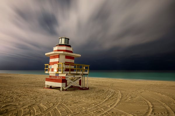 Life Guard Station Jetty 83 A2852 Miami Beach Fl Usa Photography Art | Clemens Vanderwerf Photography