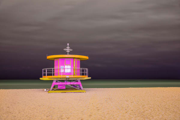 Life Guard Station 10th Street 83 A3527 Miami Beach Fl Usa Photography Art | Clemens Vanderwerf Photography