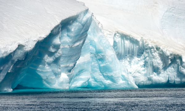 Frozen Waves Photography Art | Visual Arts & Media Group Corporation