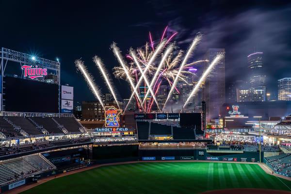 Target Field Friday Fireworks 8 - Minneapolis Art | William Drew Photography