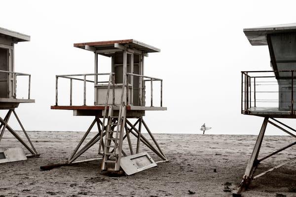 Delapidated Lifeguard Stand 2008 Art   Shaun McGrath Photography