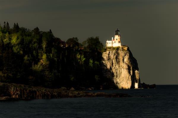 Split Rock Lighthouse Close Up Art   davinart