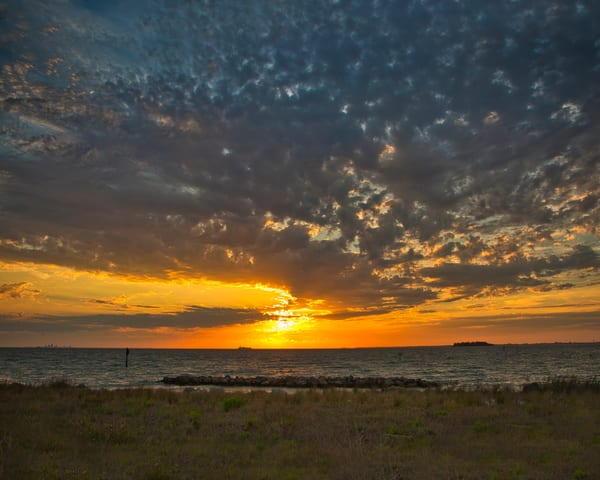 Sunset And Clouds Photography Art | It's Your World - Enjoy!