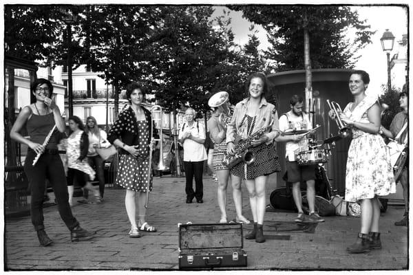 Women Making Music, Paris Photography Art   Nick Levitin Photography