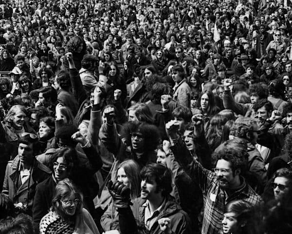 Anti Vietnam War Rally, Central Park Ny 1970 Photography Art   Nick Levitin Photography