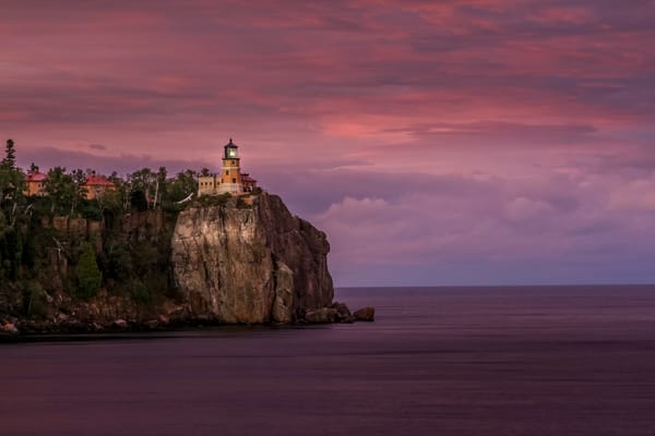 Split Rock Lighthouse State Park - Lighthouse Art | William Drew