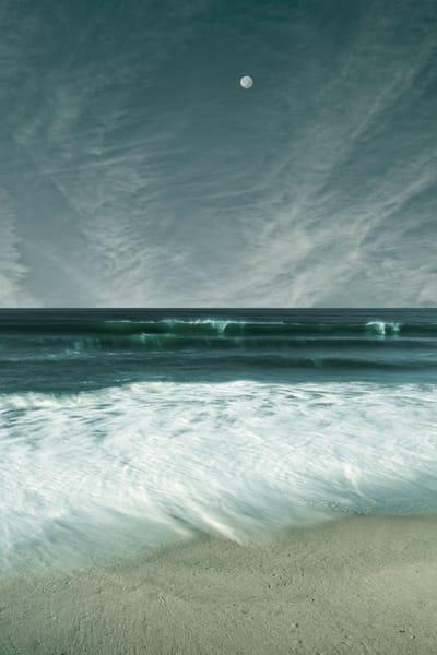 morning-full-moon-over-breaking-wave