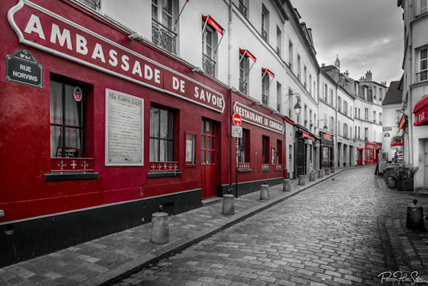 Paris: Lonely Montmartre Street Photography Art | RHS Gallery