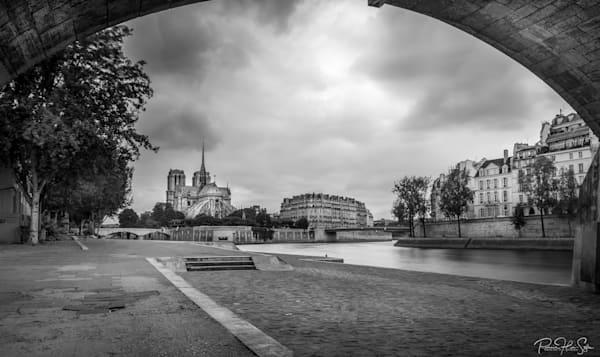 Paris: Notre Dame Photography Art | RHS Gallery