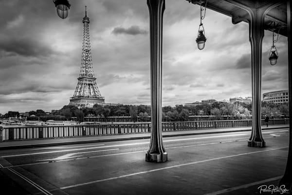 Paris: Pont Bir Hakeim Photography Art | RHS Gallery