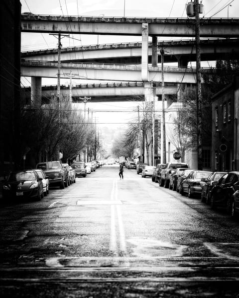 Crossing 17th St