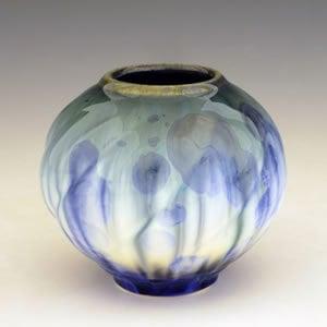 willy-nilly-vase-pq41vw