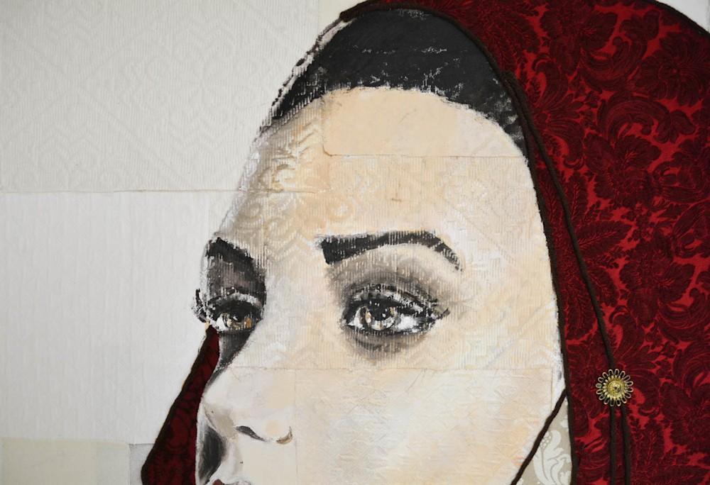 RedWoman4-qqe4xe