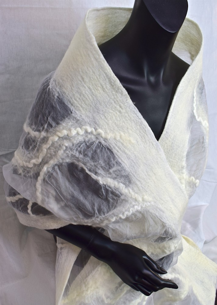 White-Felted-Silk-Wrap-623-ftobgy