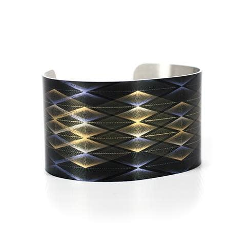 Caroline Geys Pinnacle Vortex cuff