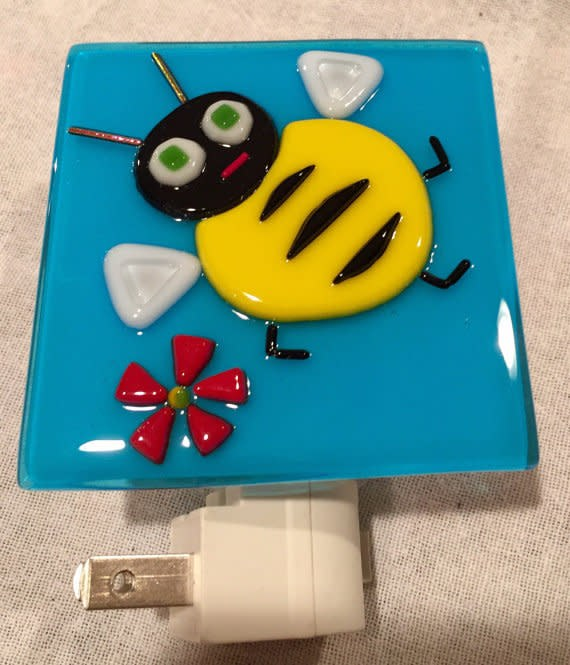 nightlight bee