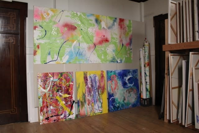 Butterfly World and in studio works Lesley Koenig