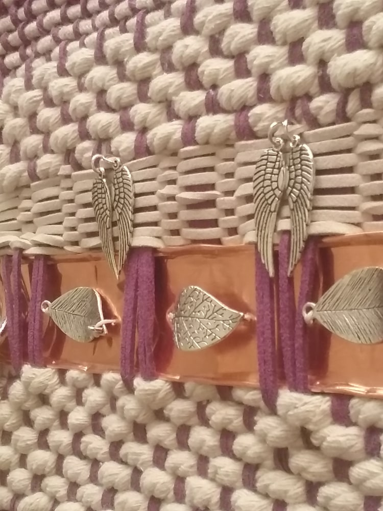 Artisan Wesving in Amethyst and Ivory 2