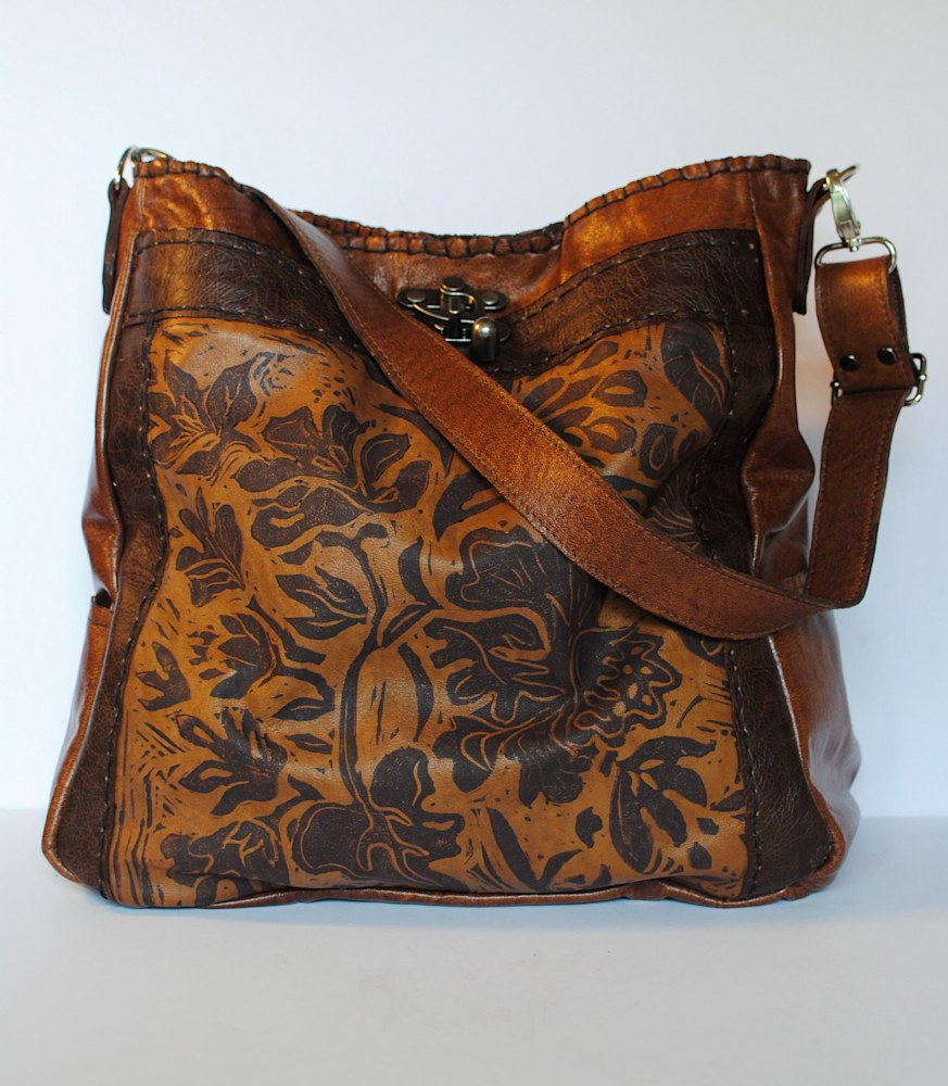 Emilie tote lily1