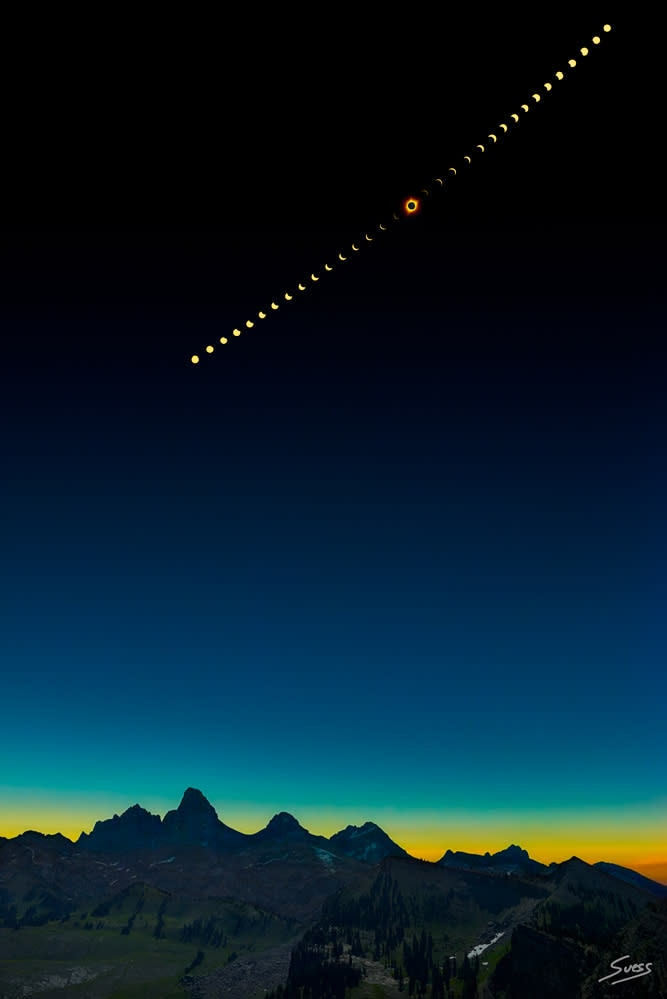 2017 Total Solar Eclipse Above the Grand Tetons 1000px